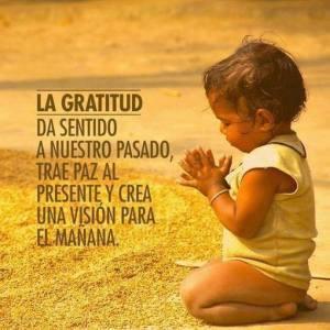 La-Gratitud-da-sentido-a-nuestro-pasado-trae-paz-al-presente-y-crea-una-visión-para-mañana